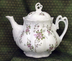 """Ashley"" Scattered Rose Tree Chintz Teapot"