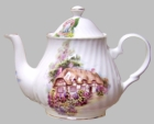 English Cottage Heirloom Bone China 6 Cup Teapot