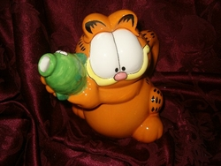 Garfield the Cat with a Fish Teapot