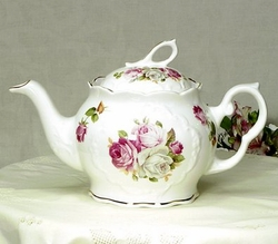 Rose Bouquet 6 Cup Teapot