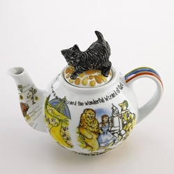 Wizard of Oz Teapot by Cardew - 48 Ounce