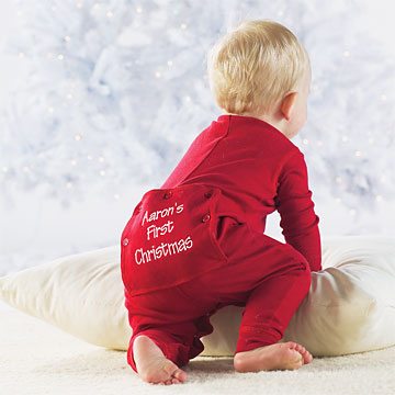 Shop organic cotton long johns for babies and give them their best night's sleep ever. In two piece sets, these long johns make diaper changes a cinch!Hanna Andersson.