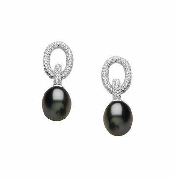 Day and night charm freshwater pearl earrings