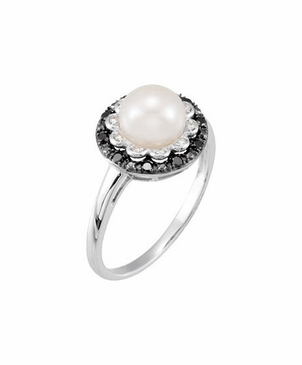 Diamond and Pearl Floral Ring