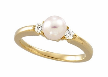 Natural Pearl with Diamond Polished Ring