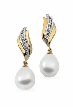 Pearl and Diamond Blend Earrings