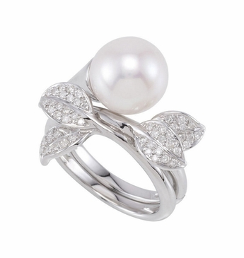 Polished Finish Pearl With Diamond Hinged Dual Finger Ring