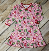 Sara�s Prints Girls Holiday Presents Nighgown in Pink
