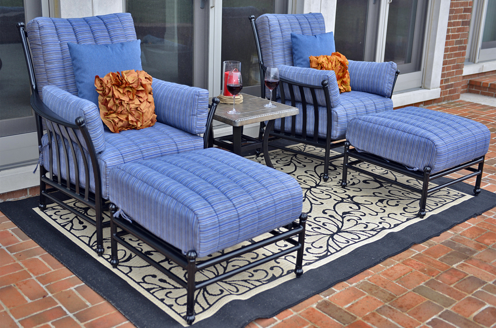 Amia 2 Person Luxury Cast Aluminum Patio Furniture Lounge Set W Stationary Ch