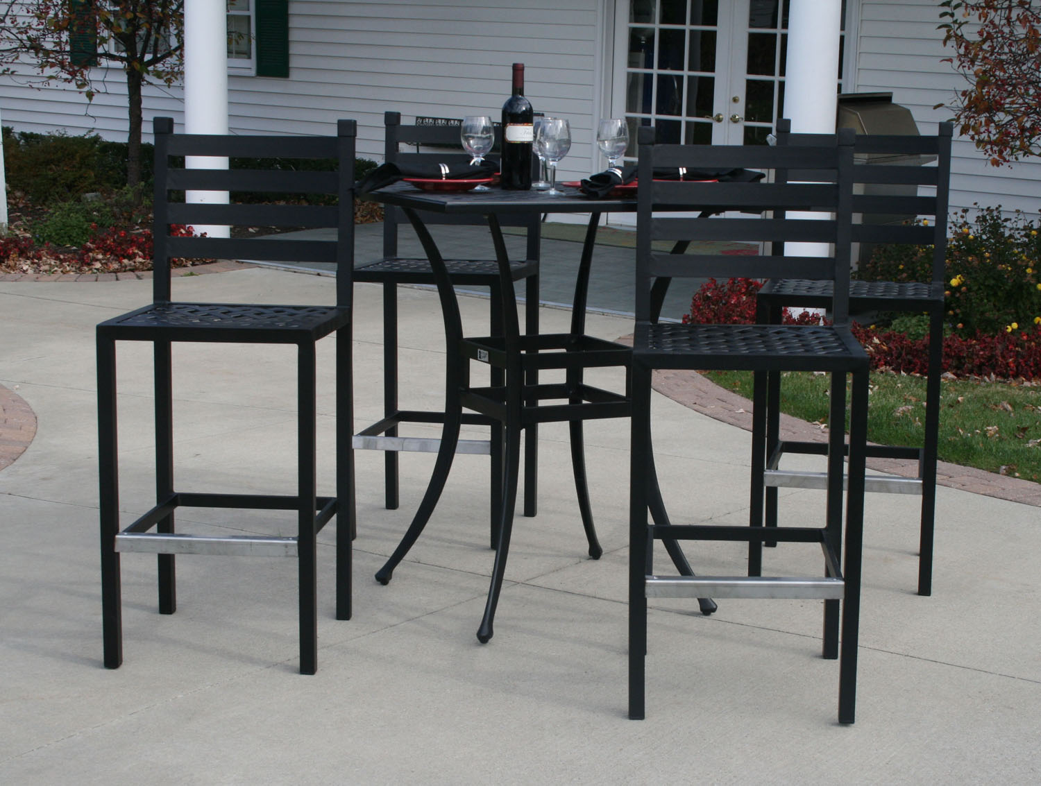 Ansley Luxury 4 Person All Welded Cast Aluminum Patio Furniture Bar Height  Set W/