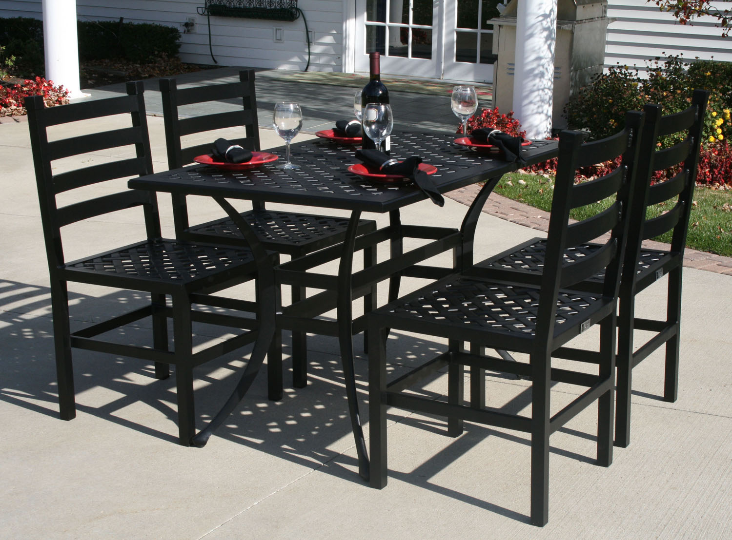Luxury 4 Person All Welded Cast Aluminum Patio Furniture Dining Set