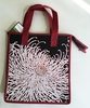 HOT/COLD REUSABLE BAG: SPIDER MUMS
