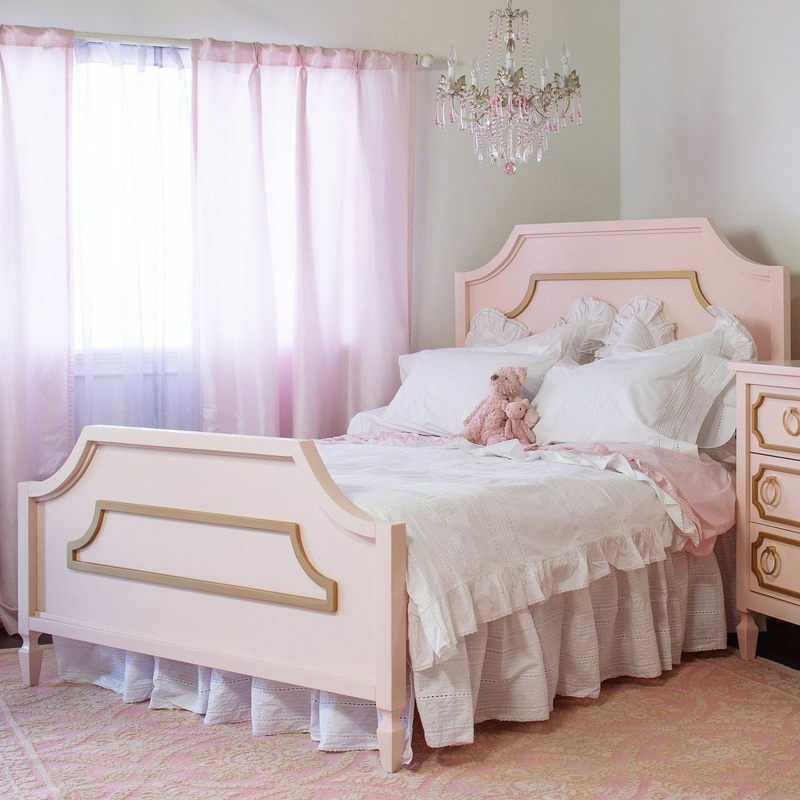Beverly Bed By Newport Cottages
