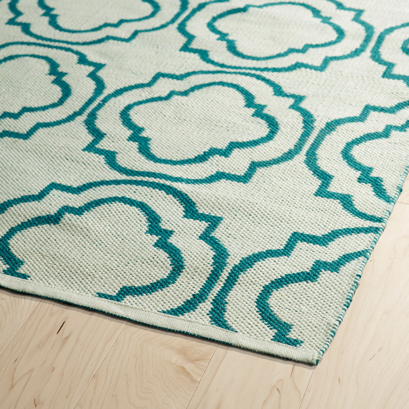 Brisa Double Quatrefoil Rug In Ivory And Teal
