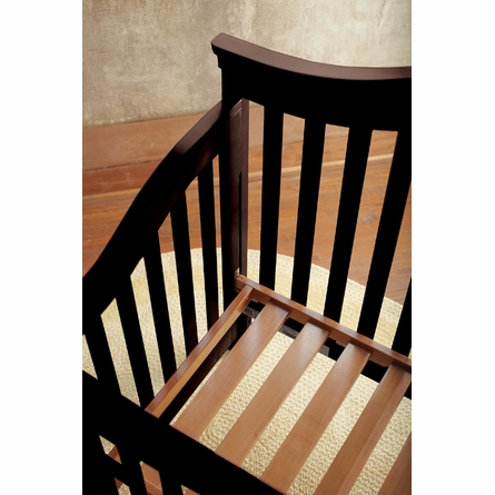 Built To Grow Convertible Acclaim Crib