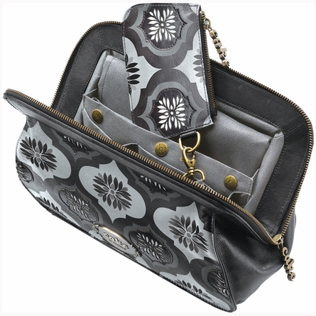 Cameo Clutch - Blackout Fondant Cake Leather