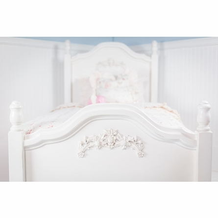 Cape Cod Twin Bed with Roses