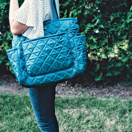 Carry Love Tote in Teal