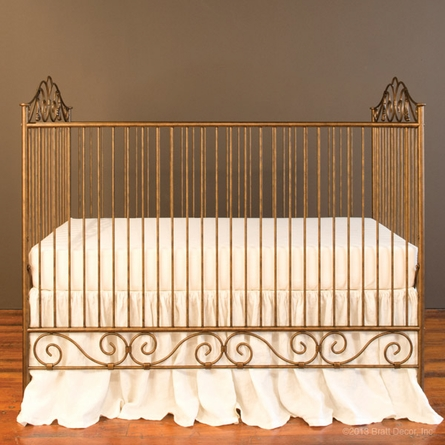 Casablanca Crib in Gold