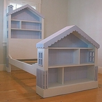 Children's Dollhouse Bed