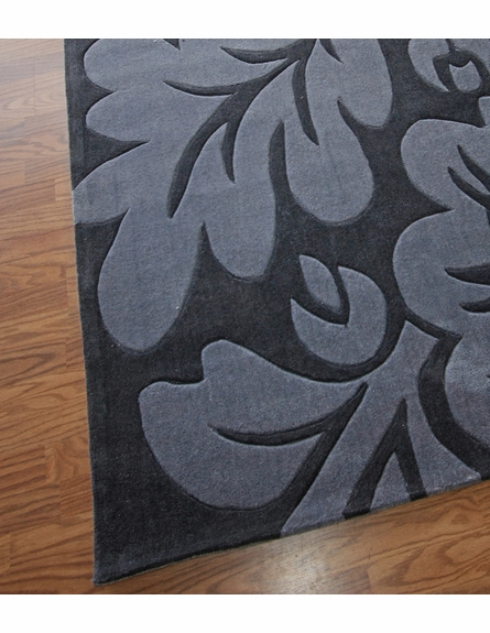 Cine Bold Floral Rug in Charcoal
