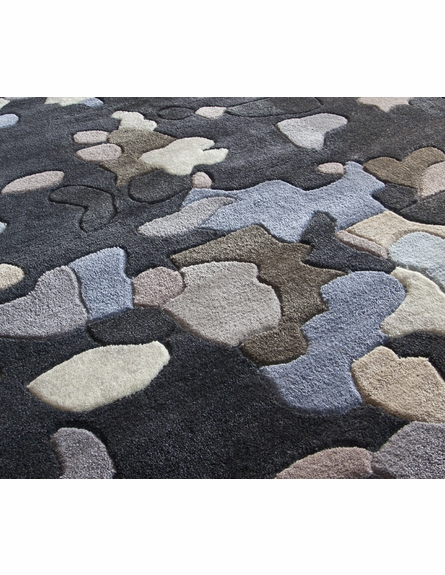 Cine Splash Rug in Black