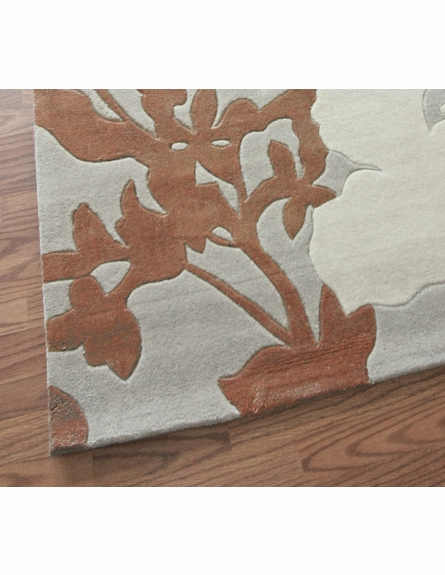 Cine Two Tone Floral Rug in Cloudy Sky