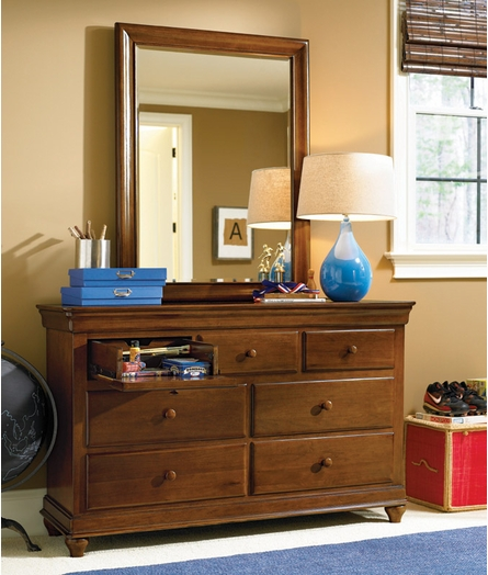 Classic Saddle Brown Drawer Dresser