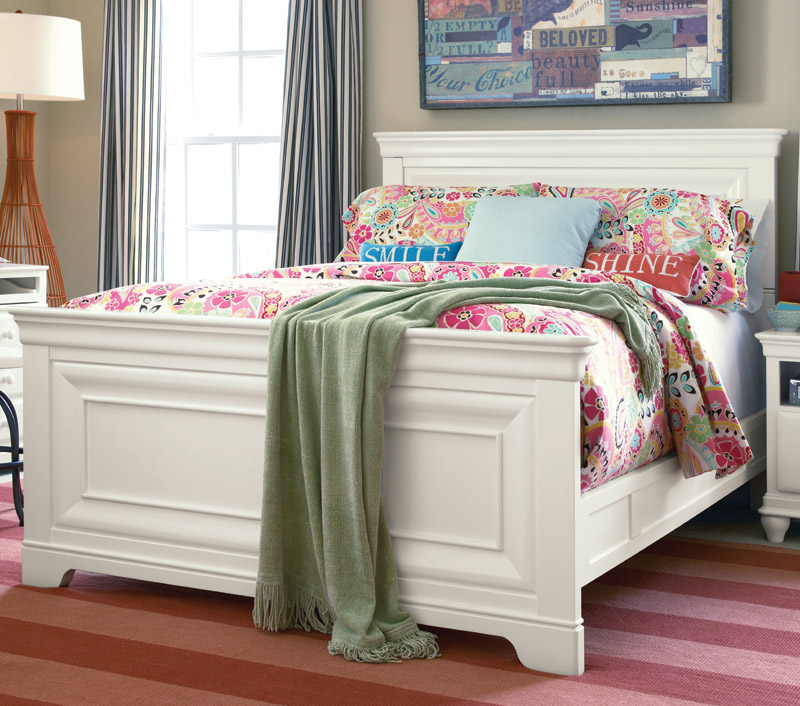 Selena Classic Panel Bed White 800 x 706
