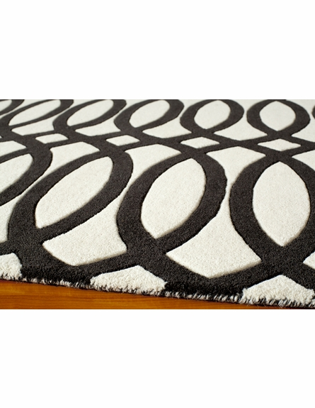 Delhi Links Black Rug