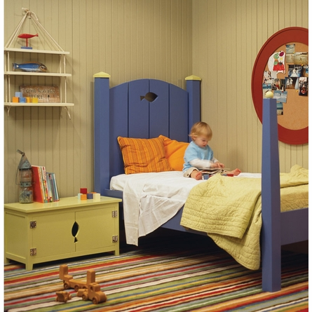 Dory Poster Bed