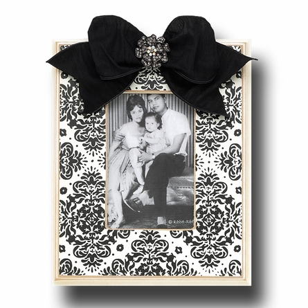 Ebony Brocade Picture Frame in Snow