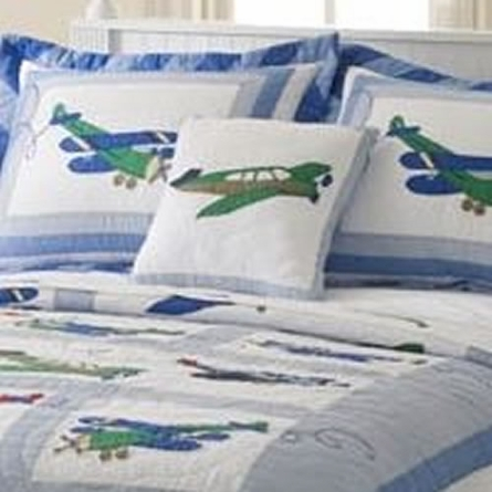 Fly Away Quilt with Pillow Sham