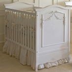 French Panel Crib in Snow with Appliqued Moulding