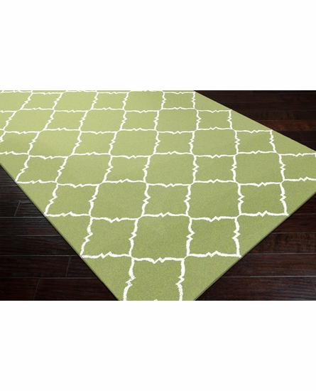 Frontier Diamonds Flat Weave Rug in Apple