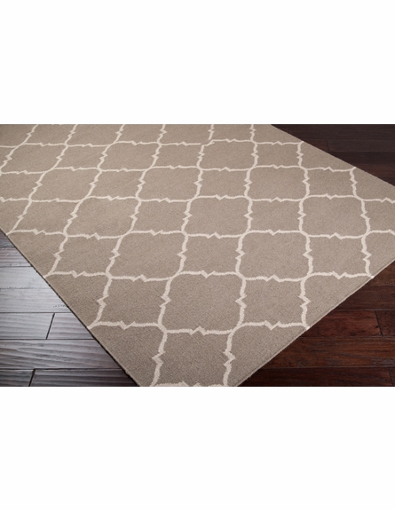 Frontier Lattice Flat Weave Rug in Taupe