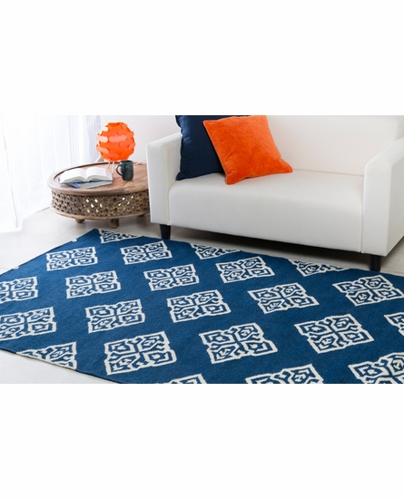 Frontier Medallion Flat Weave Rug in Blue