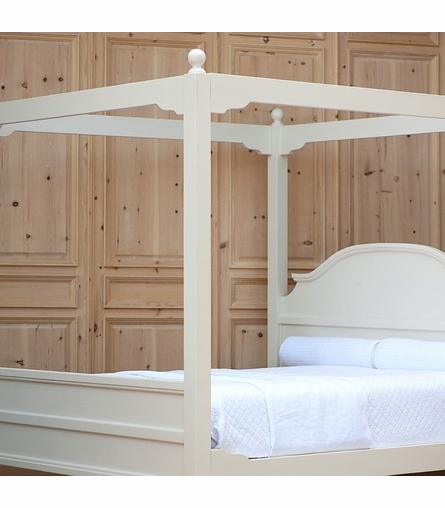 Grand Marsailles Canopy Bed