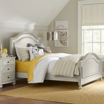 Hadleigh Panel Bed