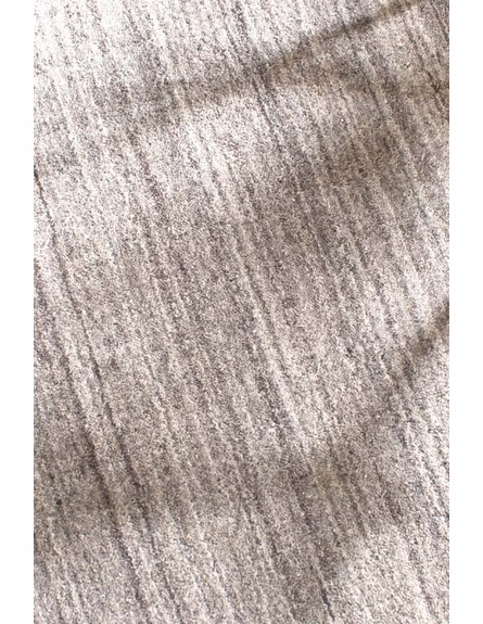 Icelandia Hand-Knotted Rug in Grey