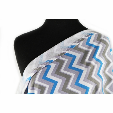 Infinity Scarf Nursing Cover in Blue Skies Chevron