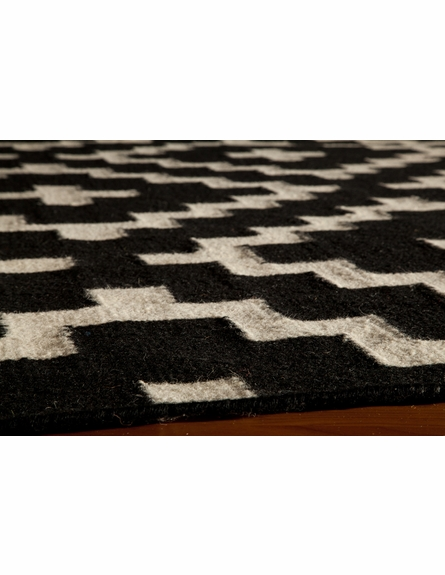 Laguna Diamonds Rug in Black
