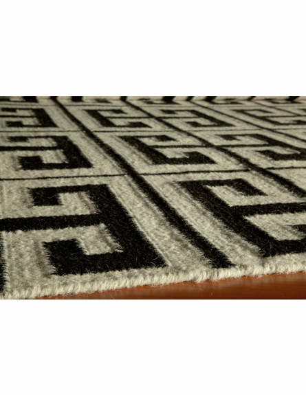 Laguna Greek Key Rug in Black