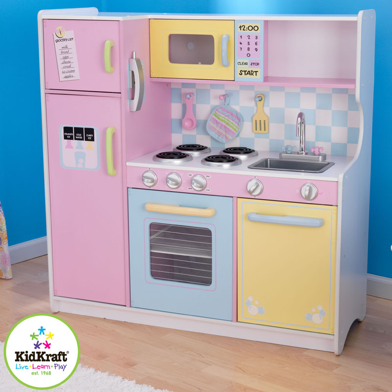 Large Play Kitchen: Large Play Kitchen By KidKraft