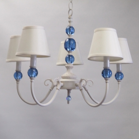 Lew Chandelier With Shades