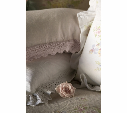Linen Kidney Throw Pillow with Crochet Lace