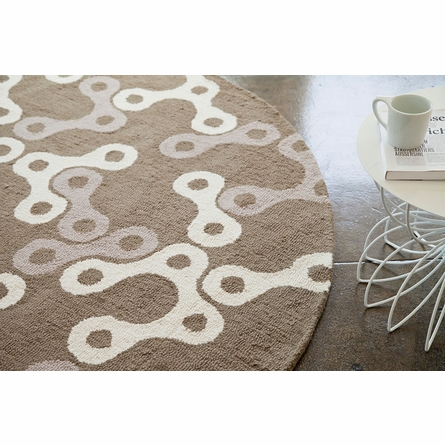 Links Round Rug in White and Sable