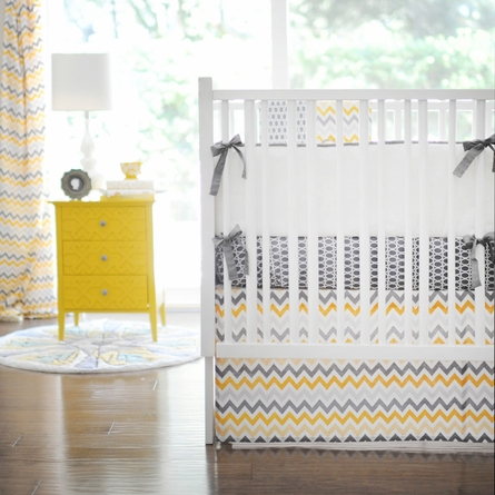 Mellow Yellow White Crib Bumper