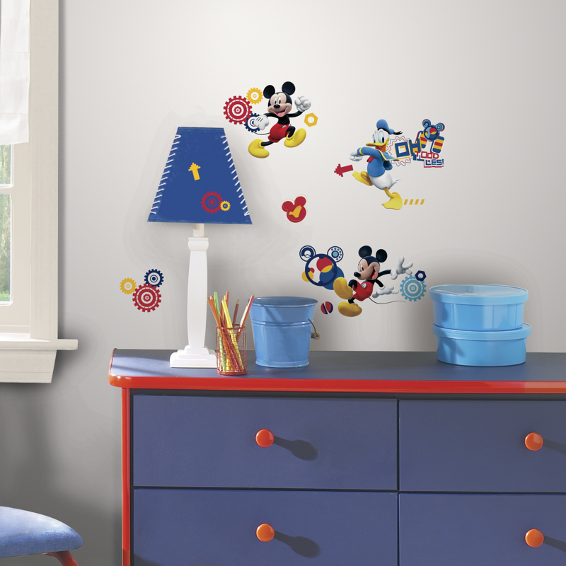 mickey mouse clubhouse capers wall decals. Black Bedroom Furniture Sets. Home Design Ideas