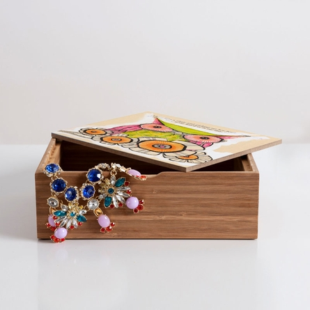 Miss Daisy Jewelry Box